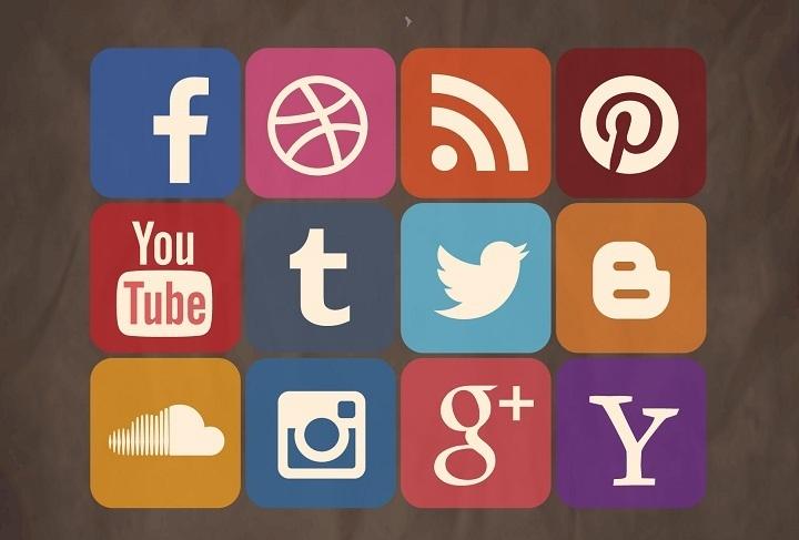 présent sur les réseaux sociaux